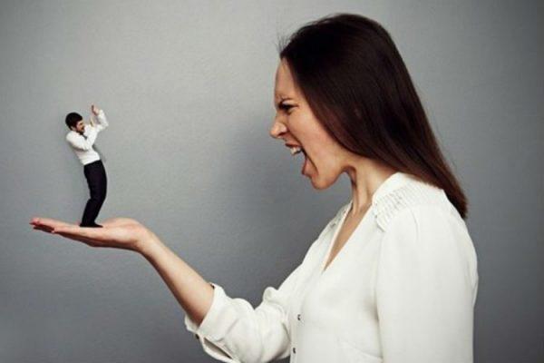 المرأة المتسلطة.. هل جبروتها نابع من ضعف شخصية الرجل؟ – الشروق أونلاين