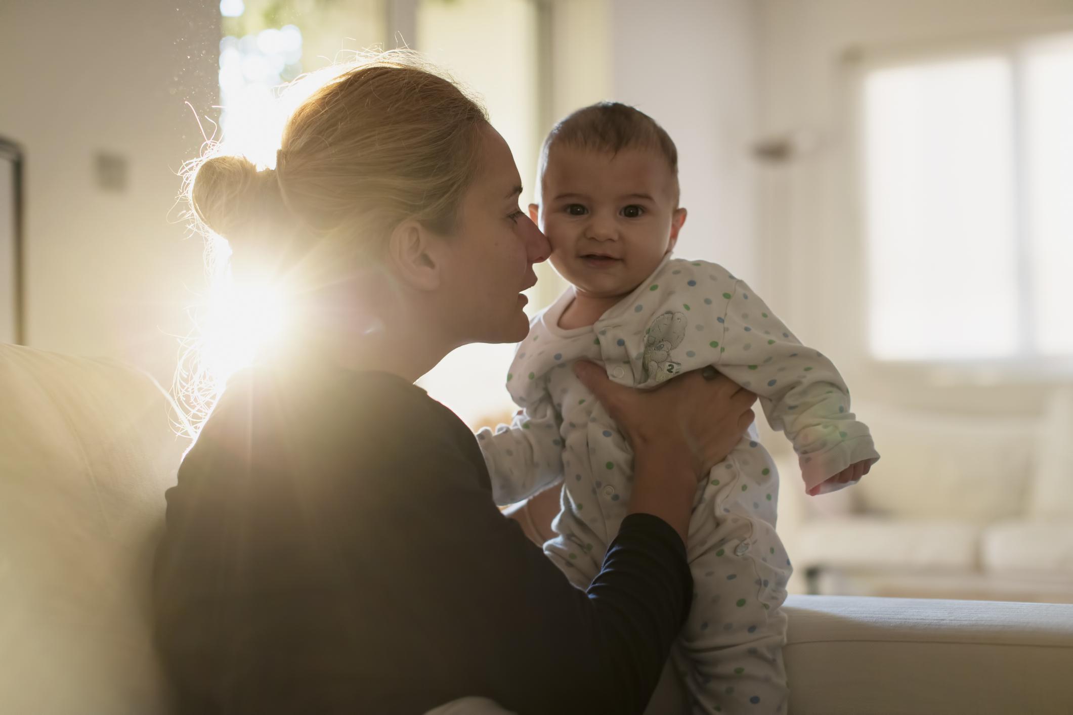 Каким парам по знаку зодиака нельзя заводить детей — www.wday.ru