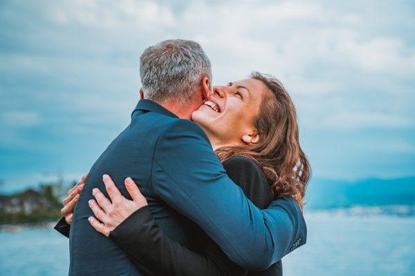 В отцы годится: Какие женщины по Зодиаку любят опытных мужчин
