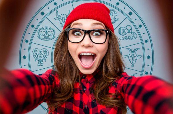Селфи, котики и холивары: как знаки зодиака ведут себя в соцсетях ...