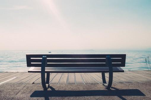 картинки : Таблица, море, человек, дерево, скамейка, стул ...