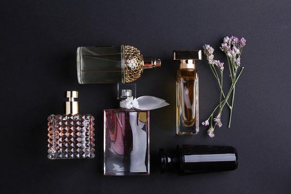 Ароматы духов по знаку зодиака - с примерами по подбору парфюмов ...